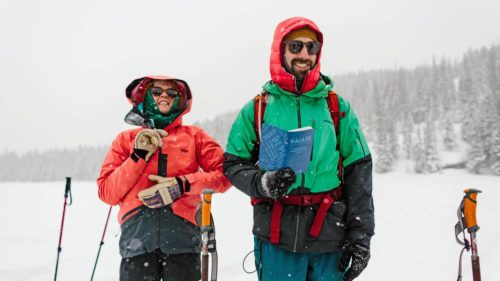 Students on AIARE 1 avalanche safety course button up their layers as head into the field to learn how to travel safely in avalanche terrain.