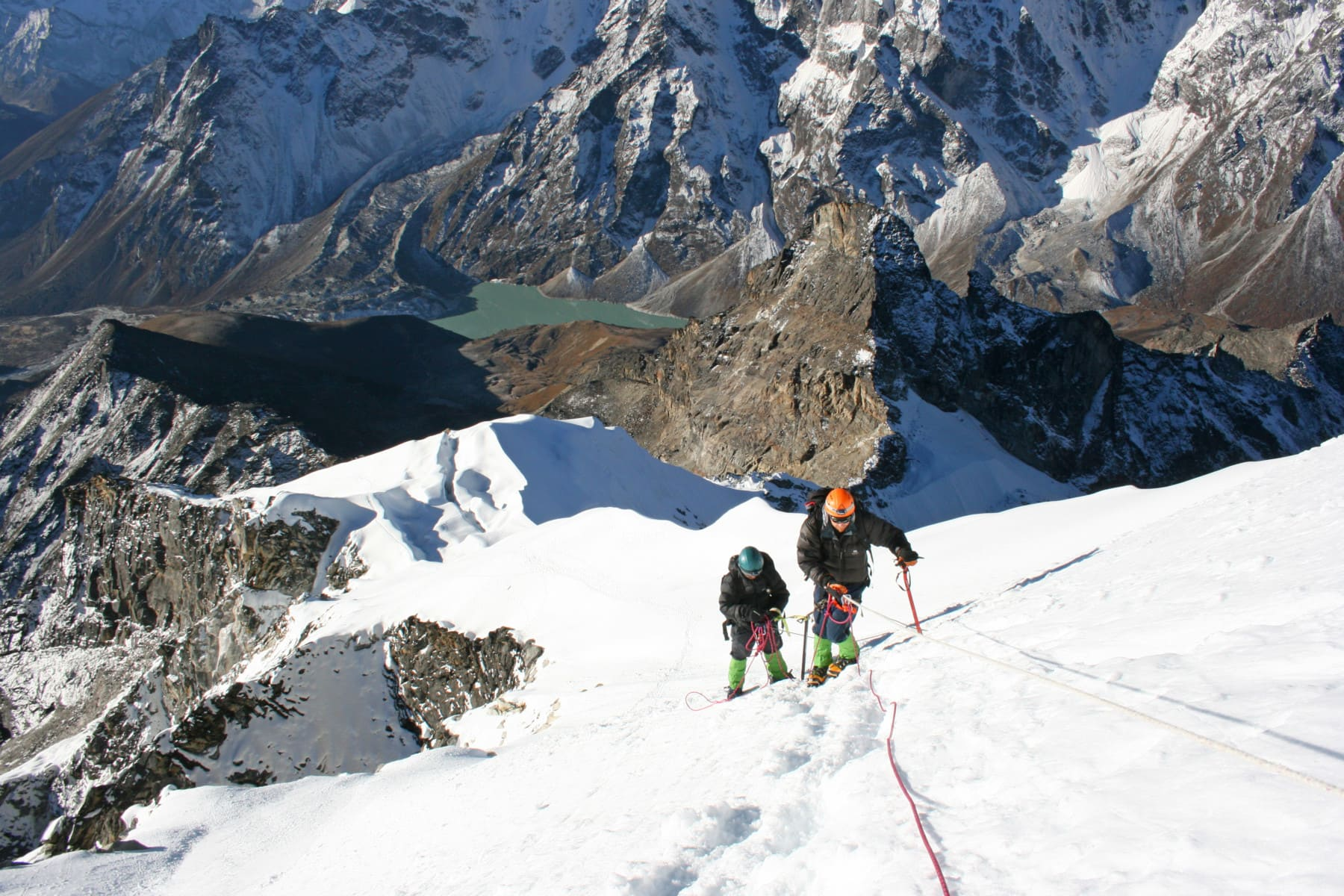 Nepal Trekking Guide for the Himalayan Expedition. Travel with a guide to Nepal to climb mountains.