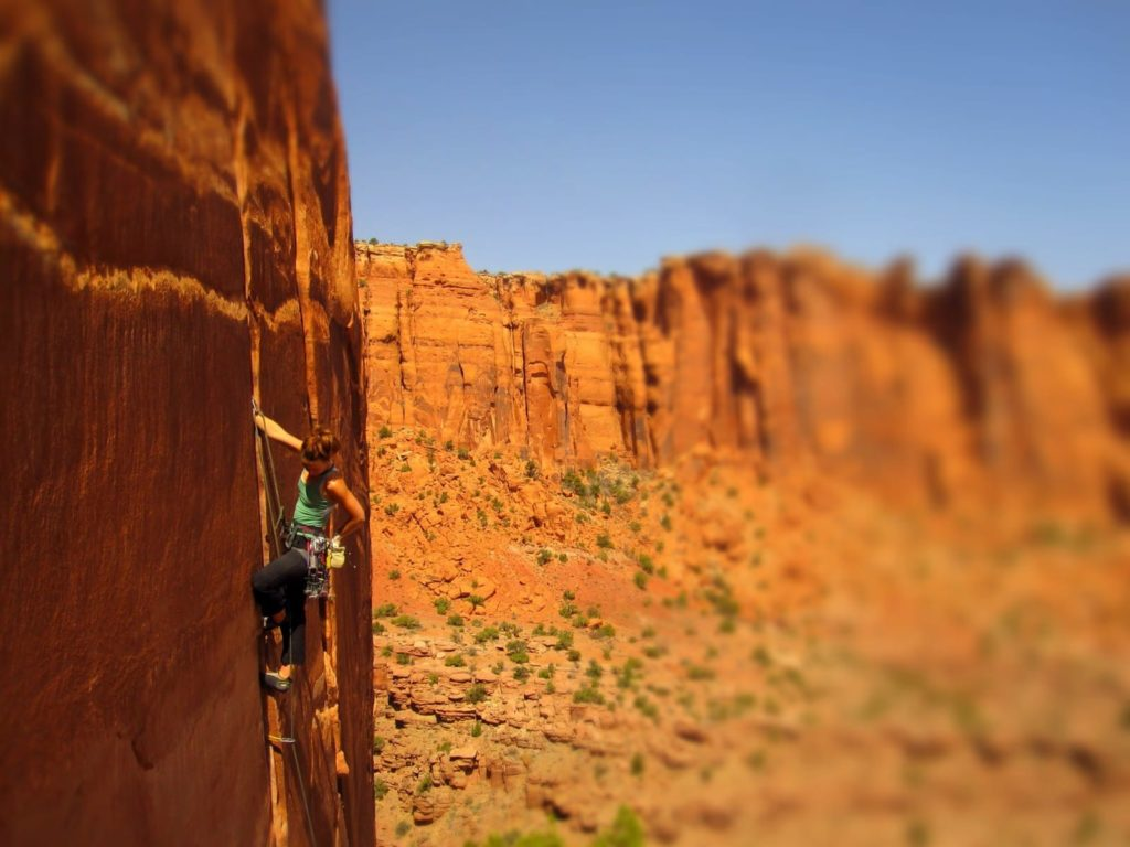 CMS guides in Moab Utah on the Maverick Buttress. Sandstone climbing in the desert is fantastic