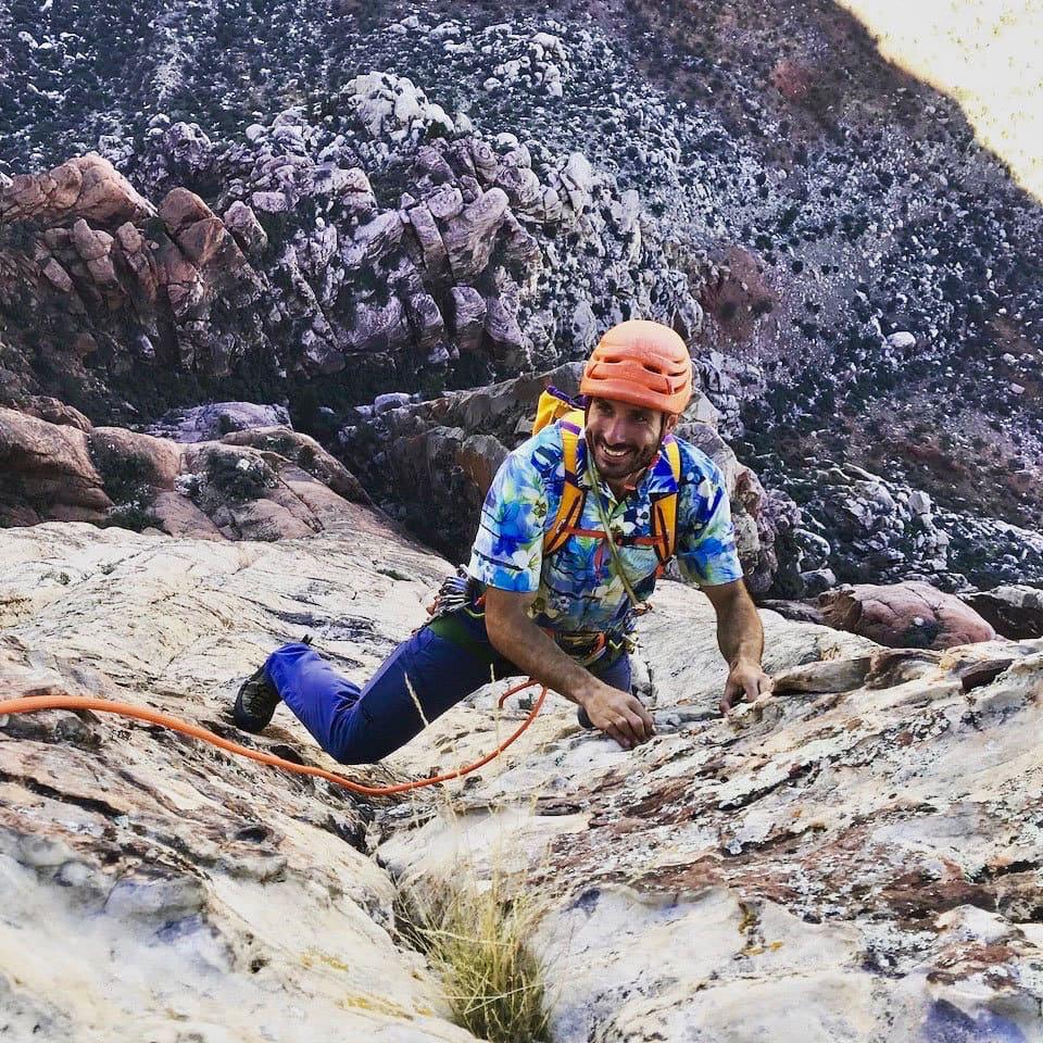 Red Rocks Climbing. CMS Guide Max Lurie on Intu Watana
