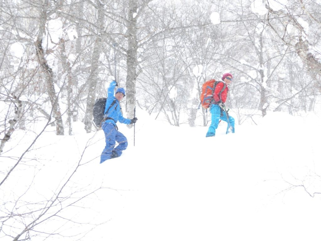 Colorado Mountain School guide Norie Kizaki ski guiding in Japan
