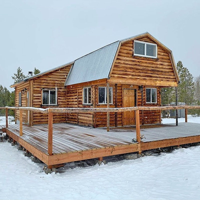 Willow Lodge is perfect lodge for hut-based avalanche courses on Cameron Pass.