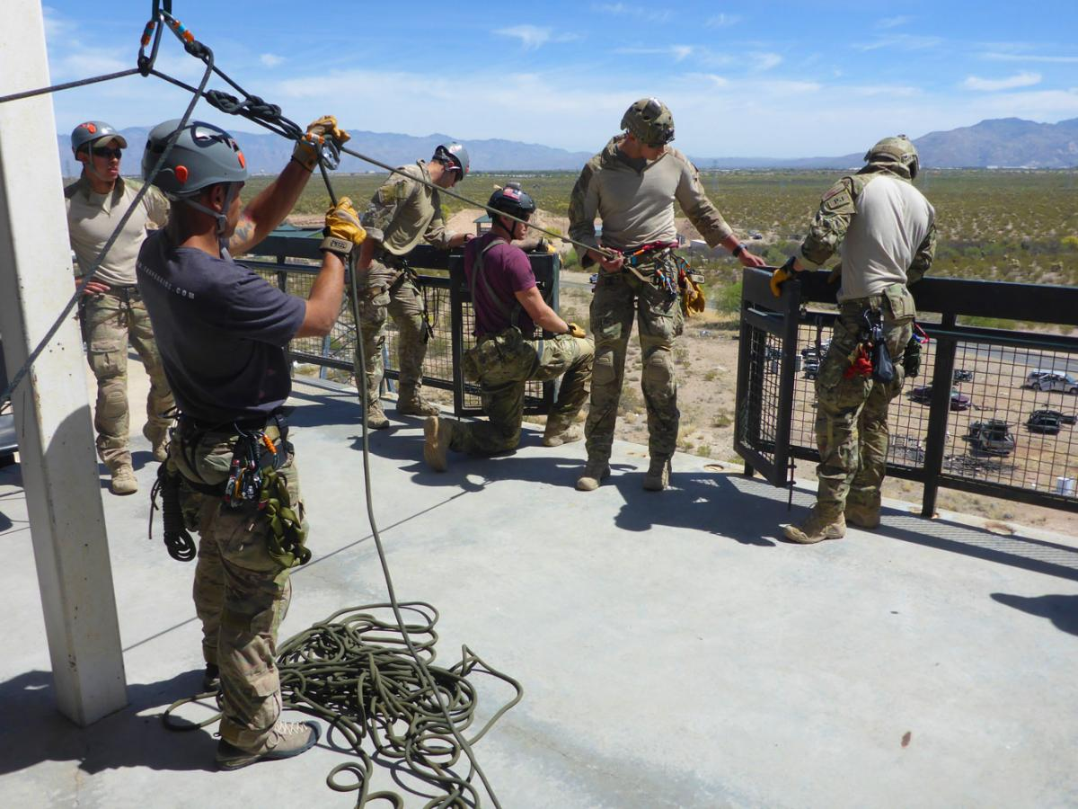 High-Angle-Rope-Access-Military-Training